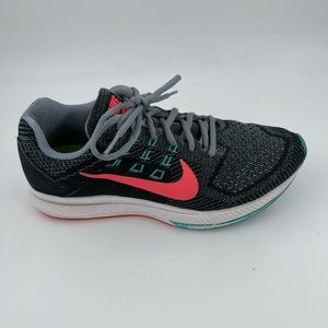Nike Women's Zoom Structure 18 Running Shoes 8.5